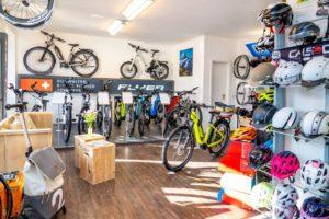 Fahrrad-Osswald Laden hinten